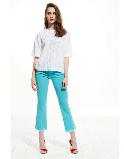 Cropped Flare Jeans With Frayed Hem